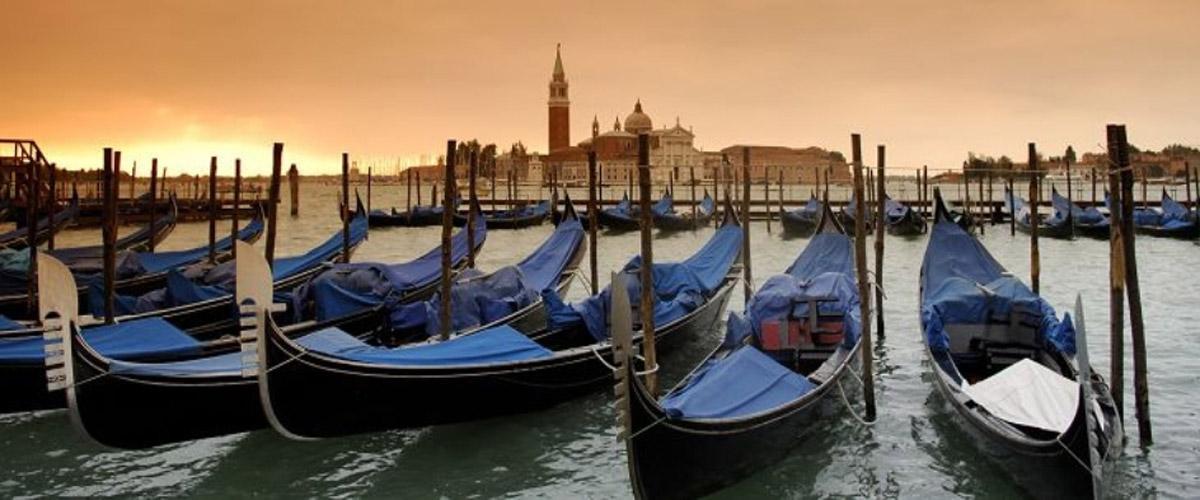 Venezia, gondole e Isola di San Giorgio